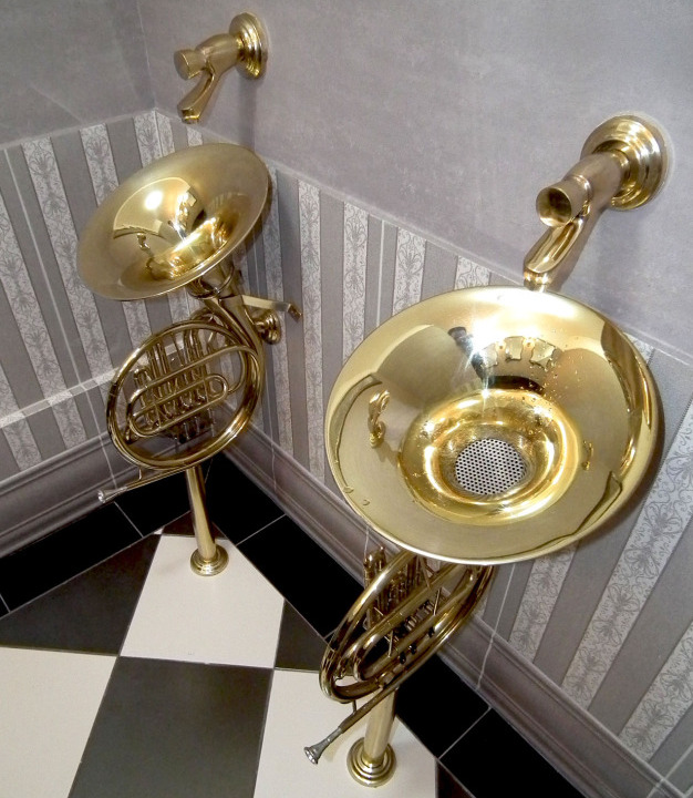 Jazzissimo-zona-Jazz-toalete-tromboane